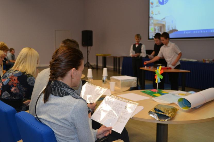 """Jauno vides pētnieku forums """"Skolēni eksperimentē"""" un vides izziņas spēļu konkurss """"Iepazīsti vidi!"""""""