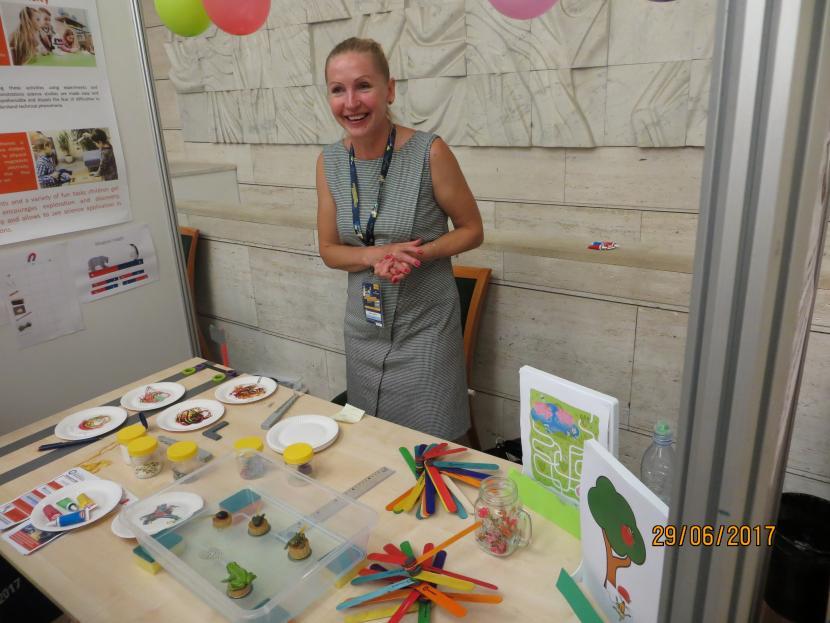 """Eiropas dabaszinātņu skolotāju festivāls """"Zinātne uz skatuves"""""""